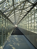 Day1-京都車站內伊勢丹10F 拉麵小路-寶屋拉麵:天空走道.JPG