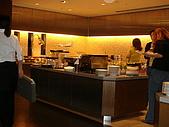 四天以來..京都飯店早餐:用餐地方.JPG