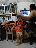 岍岍一歲八個月(1Y8M):DSC03157-573~1Y7m3d.JPG