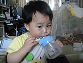 岍岍一歲八個月(1Y8M):571~1Y7m1d.JPG