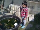 岍岍四歲二個月(4Y2M):WP_001031岍說:我在釣魚XD.jpg