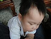 岍岍一歲八個月(1Y8M):糊掉的乳溝.JPG