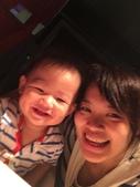 20140930我們滿一歲了!:09.30乖寶~跟媽媽自拍~西堤天母店.JPG
