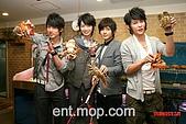 2008.02.17 宣傳「HITO流行音樂獎」學習海鮮料理:080218 貓撲09.jpg