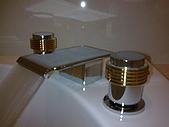 多功能溫泉SPA牛奶按摩浴缸:影像561.jpg