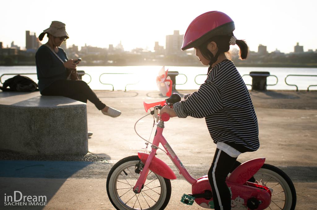 新竹全家福,台北親子寫真,兒童拍照,親子攝影,河濱公園