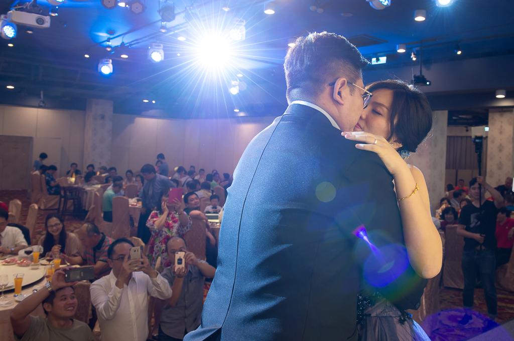 基降婚攝,吻