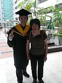 99/6/26 大兒子的畢業典禮:P1120802.JPG