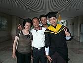 99/6/26 大兒子的畢業典禮:P1120826.JPG