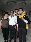 99/6/26 大兒子的畢業典禮:P1120827.JPG