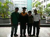 99/6/26 大兒子的畢業典禮:P1120800.JPG