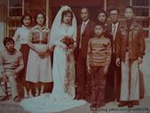 Jinna 家人結婚照片:爸媽結婚全家福合照