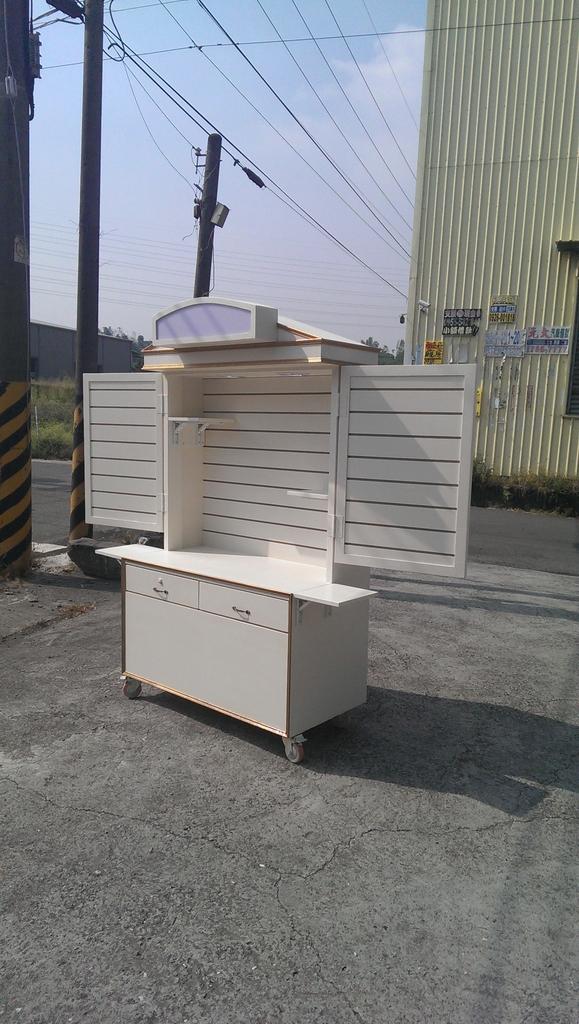 展示櫃攤車:IMAG0874.jpg