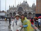 歐洲之義大利威尼斯:穿著雨衣...猛吧?