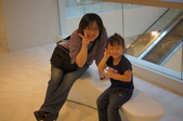 2011.10香港之旅:寶貝,出國就是HIGH~.JPG