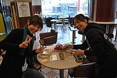 吃喝快閃團之台東行:滿桌食物