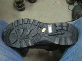 6-1  藍山生活:La New  第二代登山鞋--鞋底.JPG
