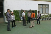 1-4  屋頂菜園 -- 竹南營盤社區之社區營造屋頂菜園:103-1127  營盤社區屋頂菜園--審查及收成 (12).jpg