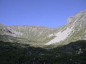 4-6  雪山--五月賞杜鵑:DSCN7731  開滿雪山冰斗的玉山杜鵑
