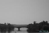 2009 奧地利 & 捷克 相本 3:橋上向外拍 2.jpg