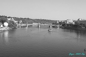2009 奧地利 & 捷克 相本 3:橋上向外拍.jpg