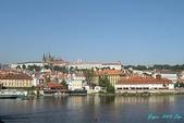 2009 奧地利 & 捷克 相本 3:橋上拍古堡區.jpg