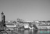 2009 奧地利 & 捷克 相本 3:橋上拍古堡區 2.jpg