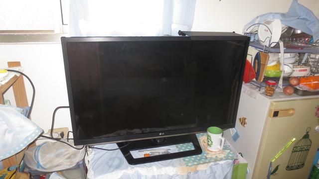 重新安裝LG 42LM6200-DA 電視   - 浪漫生活瑣事DIY-修繕