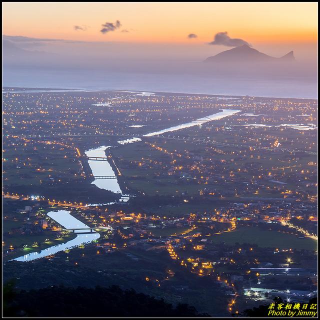 IMG_04.jpg - 冬山河與龜山島的相遇