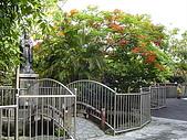 我的學習園地:至聖先師孔子銅像.jpg