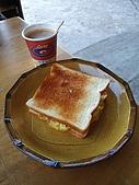 2009.Dec-[苗栗南庄] 加里山:18_早餐:夾蛋吐司+香濃咖啡.JPG