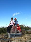 2010.Nov-[南投信義] 麟趾山:32_輕鬆登頂麟趾山.JPG