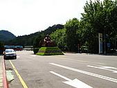 2009.Jul-[桃園大溪] 兩蔣文化園區、後慈湖&石門水庫:06_入口處(當然還是有蔣公...).JPG
