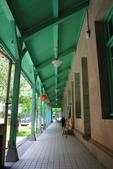 2017.May-[雲林虎尾、西螺] 雲林布袋戲館、雲林故事館、西螺大橋、延平老街:12_布袋戲館的木架構走廊.JPG