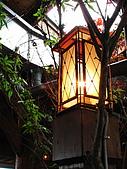 "2010.Apr-[台中新社、台中西區] 菇神、震川農場&伊斯坦堡:01_""菇神""唯一讓我留下印象的...竟然是一盞燈.JPG"