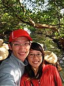 2011.Feb-[台南] 台江國家公園:06_自拍難度頗高〈隨時都會被樹枝K到頭...〉.JPG