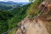 2018.Jul-[新北平溪] 十分瀑布、孝子山&慈母峰、菁桐老街:19_上慈母峰的另一條路徑很陡.jpg