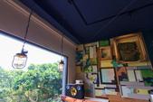 2020.May-[基隆中正] 和平島公園:50_咖啡廳裝潢充滿軍事風格.jpg