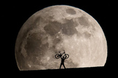 好大的月亮:schmidli_moon3_jpg_CROP_original
