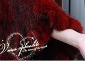 水貂披肩:T0021680新款帶帽進口水貂皮草斗蓬披肩女款貂皮皮草外套-大紅7.jpg