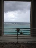 Guam 的短暫停留:即使颱風天海水依舊碧藍