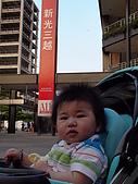[2009/5/2]侑霖的可愛照片集 - 台北信義區逛街:DSC01031.JPG