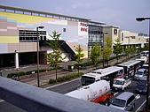 2008-10-11-01 福岡~:06 福岡-從天橋上俯瞰.JPG