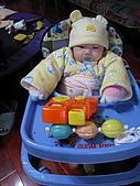 又有新玩具..螃蟹椅 :89718469_l.jpg