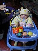 又有新玩具..螃蟹椅 :89718747_l.jpg