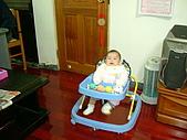 又有新玩具..螃蟹椅 :89719666_l.jpg