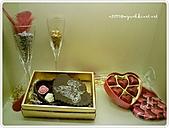 99-09-12-巧克力展:DSC00079.JPG