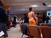 Oakland黑人教會:台上瘋狂台下也瘋狂二