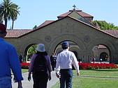 史丹佛之行:史丹佛教堂 應該是天主教的  大門就夠氣派了