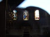 史丹佛之行:因為是假日  沒有開放  透過玻璃窗看教堂內部